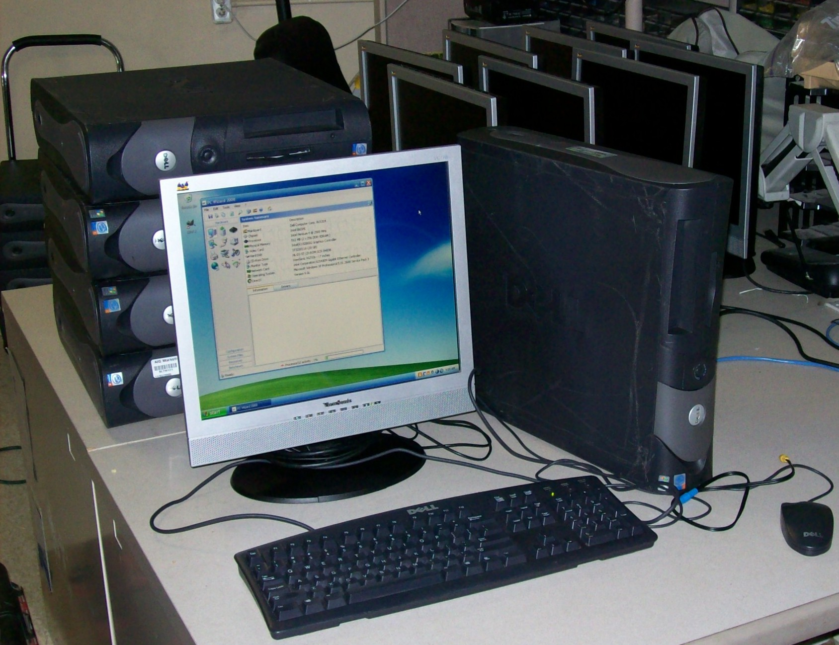 Dell GX280 Computer System with 19in LCD Monitor